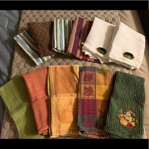11 Hand Towels